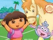 Dora sur un poney