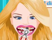 Barbie chez le Dentiste