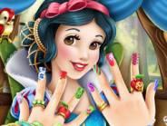 Snow White Nails 2